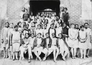 Young women of Lakeland High School